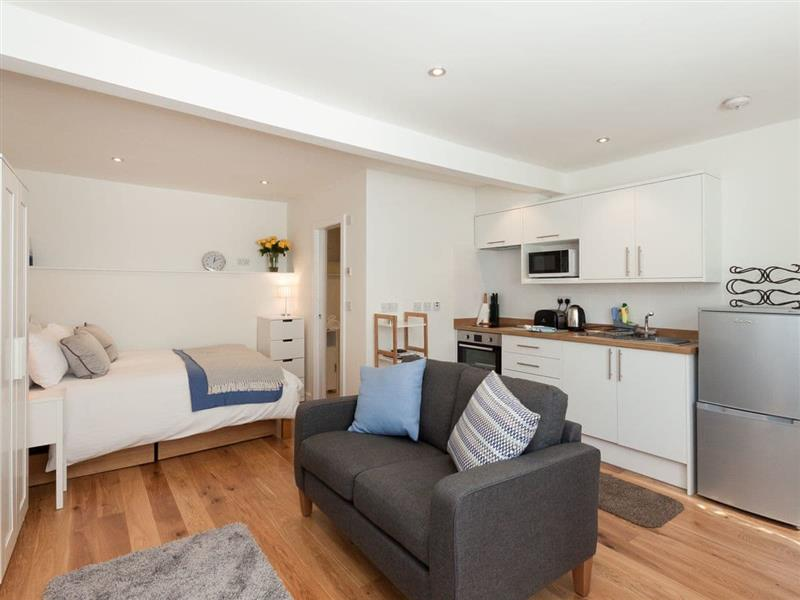 The Mew in Dartmouth - sleeps 2 people