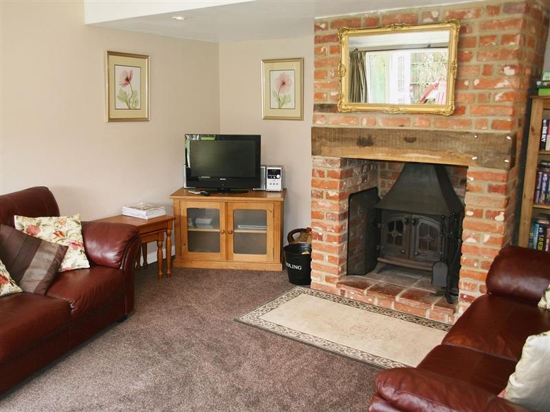 The Old Dairy in Tuttington, Nr Aylsham, Norfolk. - sleeps 5 people