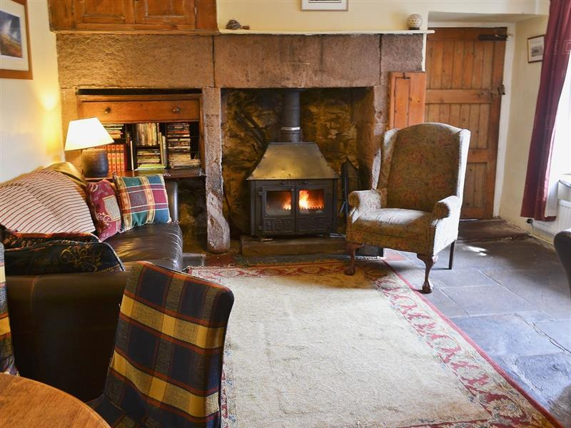 The Old Farmhouse in Parwich, nr. Ashbourne - sleeps 4 people