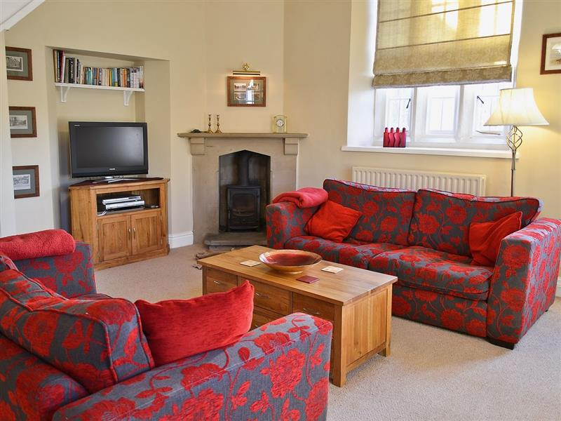 The Old School House in Tideswell - sleeps 4 people