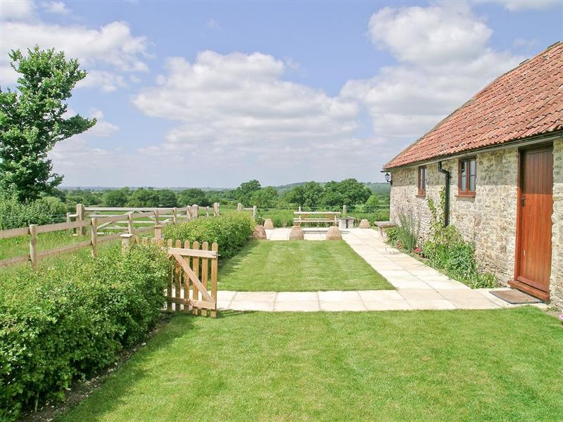 The Old Stables in Leigh, Sherborne, Dorset. - sleeps 8 people