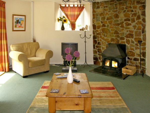 The Olde Sunday School in Rejerrah - sleeps 6 people