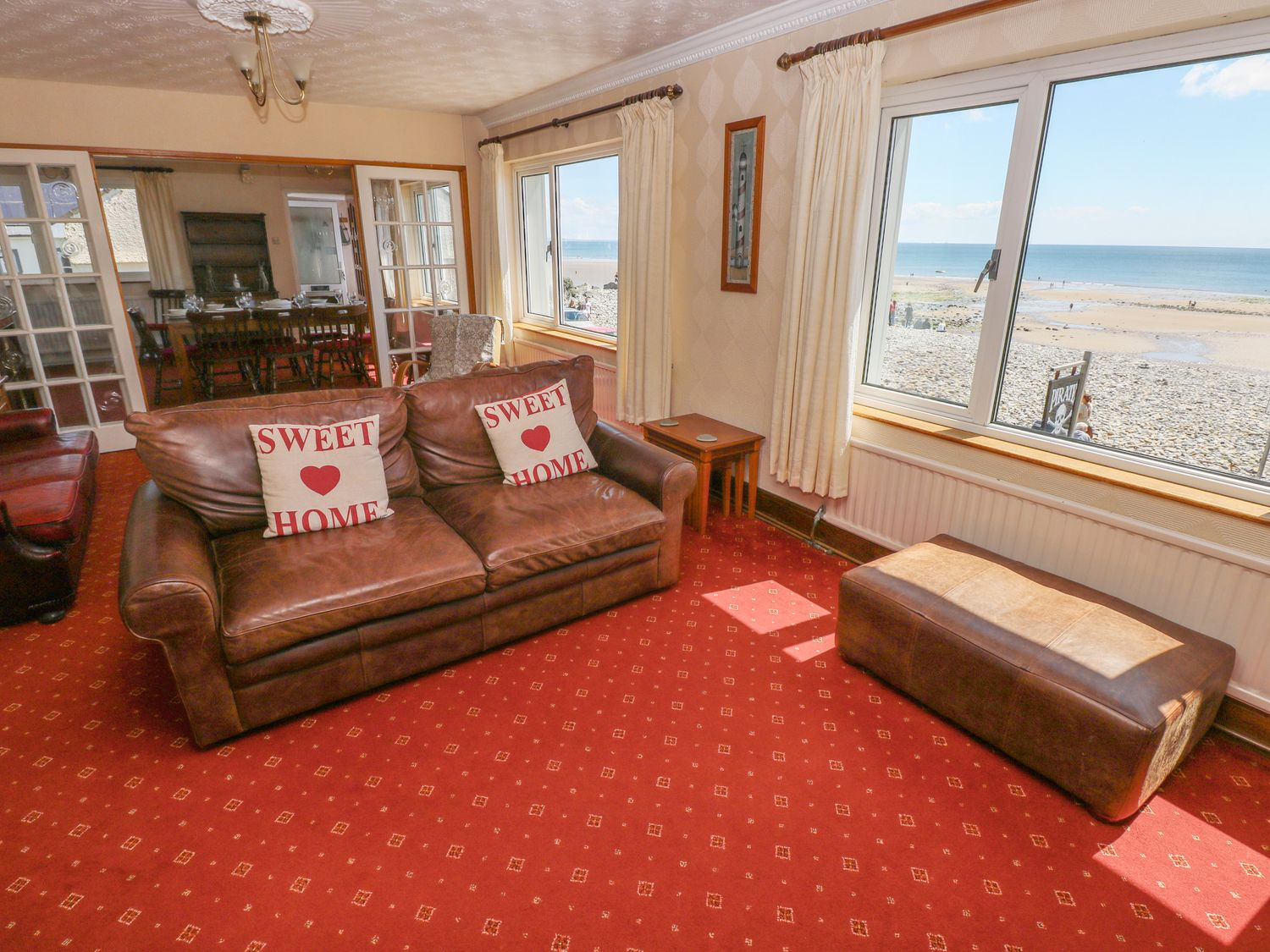 The Pirate in Amroth - sleeps 8 people