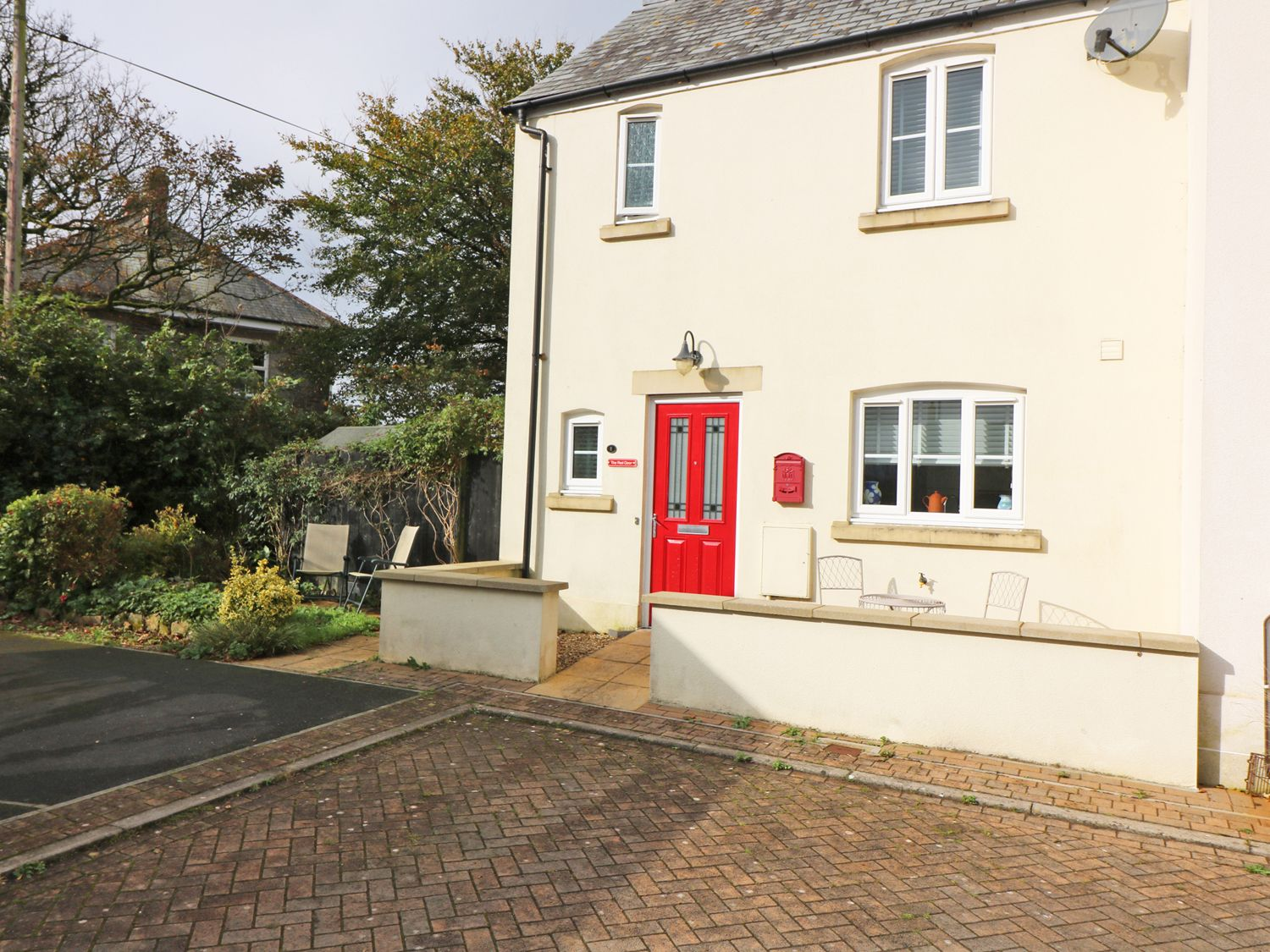 The Red Door in Camelford - sleeps 4 people