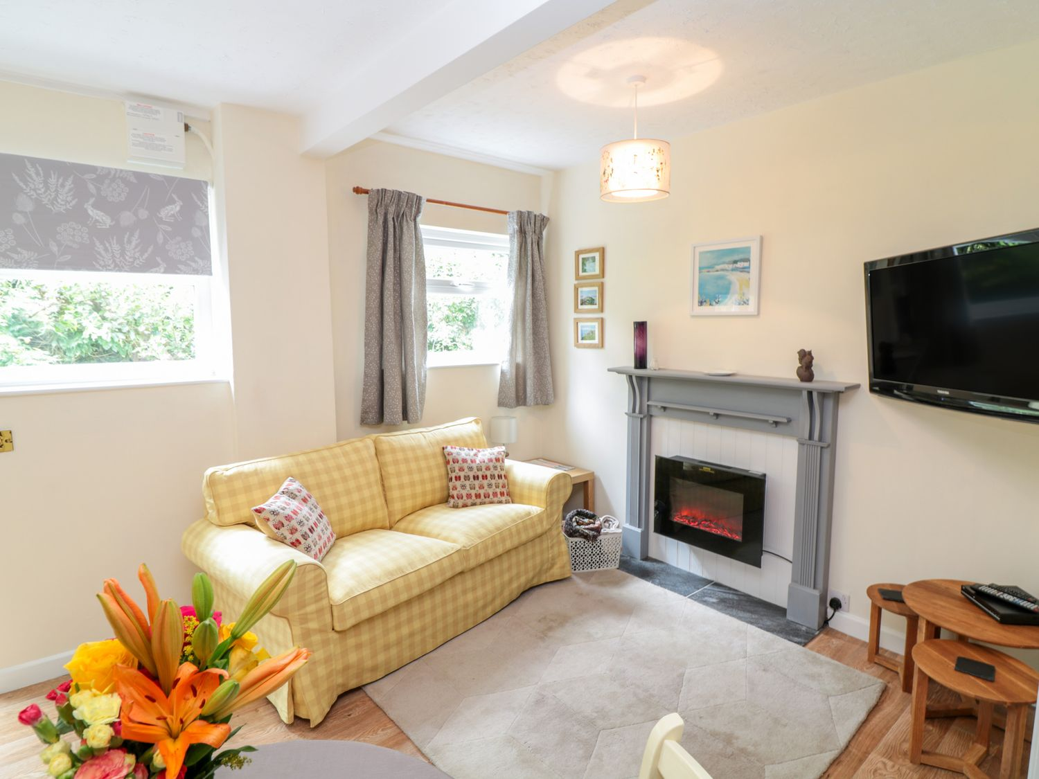 The Roost in Camborne - sleeps 2 people
