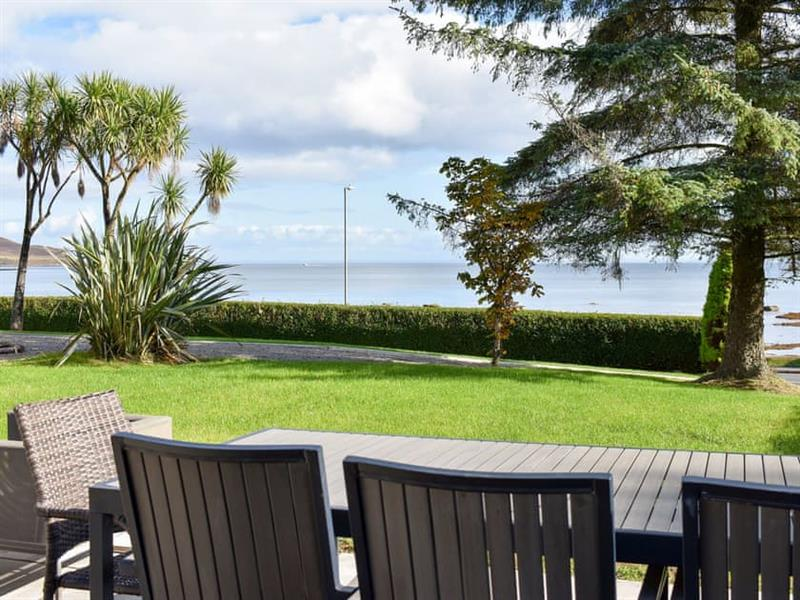 The Royal Arran in Whiting Bay - sleeps 12 people