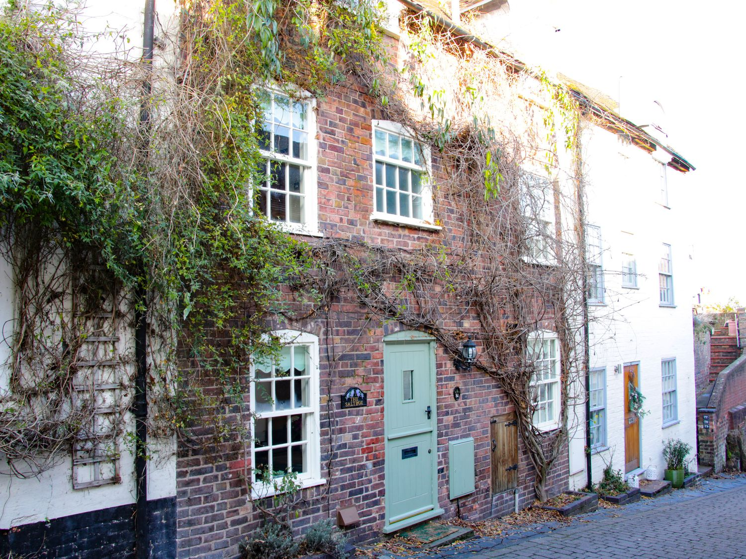 The Saltbox in Bridgnorth - sleeps 5 people