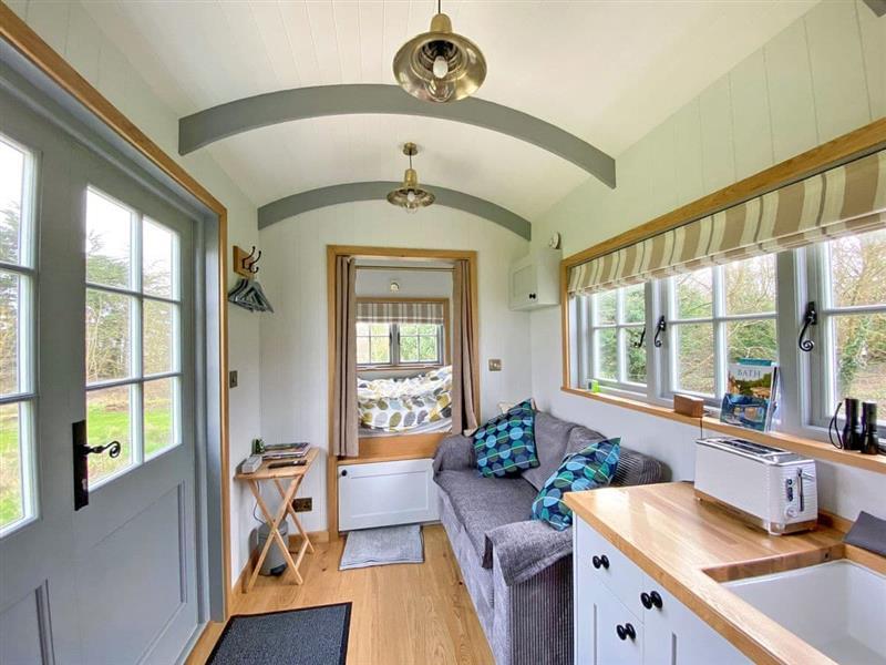 The Shepherds Hut in Southstoke, near Bath - sleeps 2 people