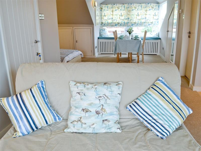 The Shoal - Lighthouse View in Cromer - sleeps 4 people
