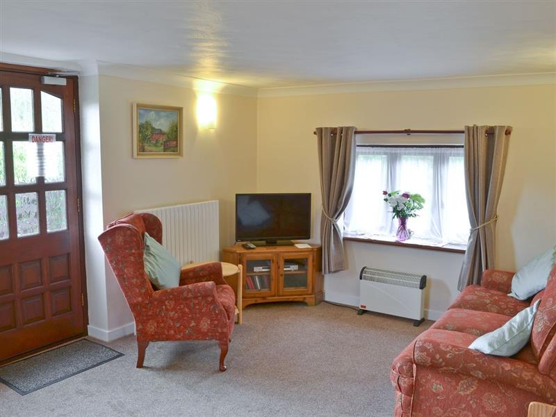 The Wherry Arch in Irstead, Norwich - sleeps 7 people