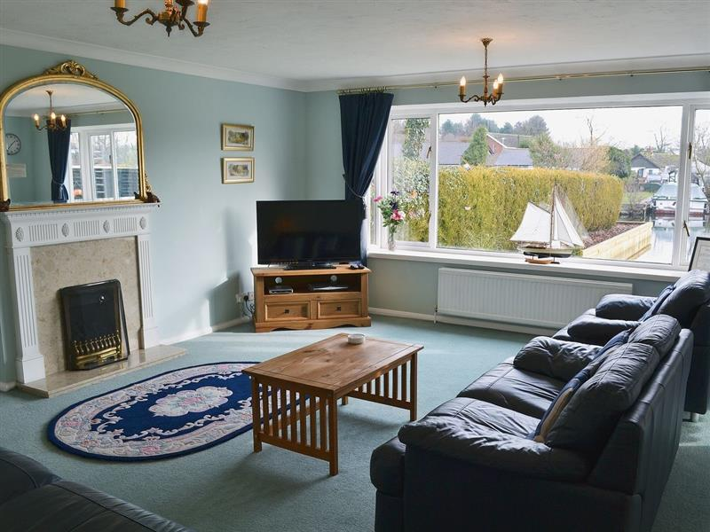 The Willows in Wroxham - sleeps 6 people