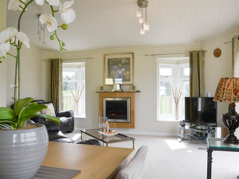 Thornbury Holiday Park - Willow in Woodacott, near Holsworthy, Devon - sleeps 4 people