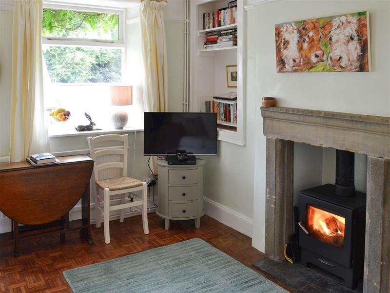 Thorncliffe Cottage in Tideswell, near Bakewell - sleeps 4 people