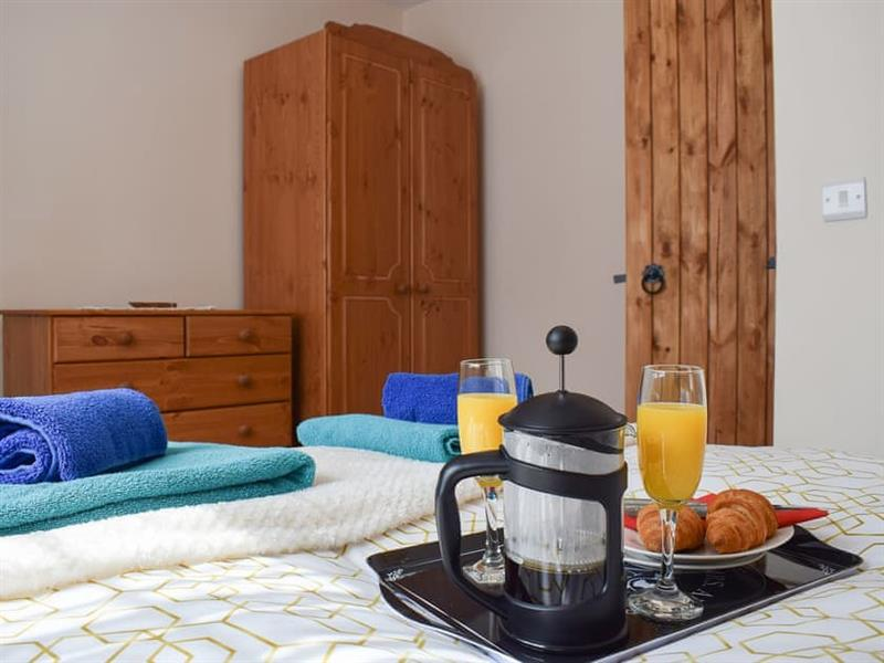 Tiefi Cottage in Cwmann, near Lampeter - sleeps 3 people