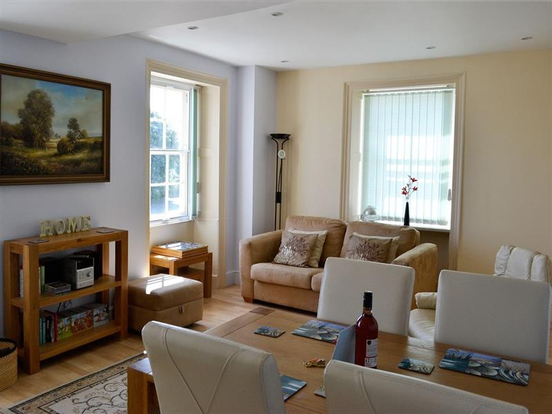 Trafalgar in Dawlish - sleeps 6 people