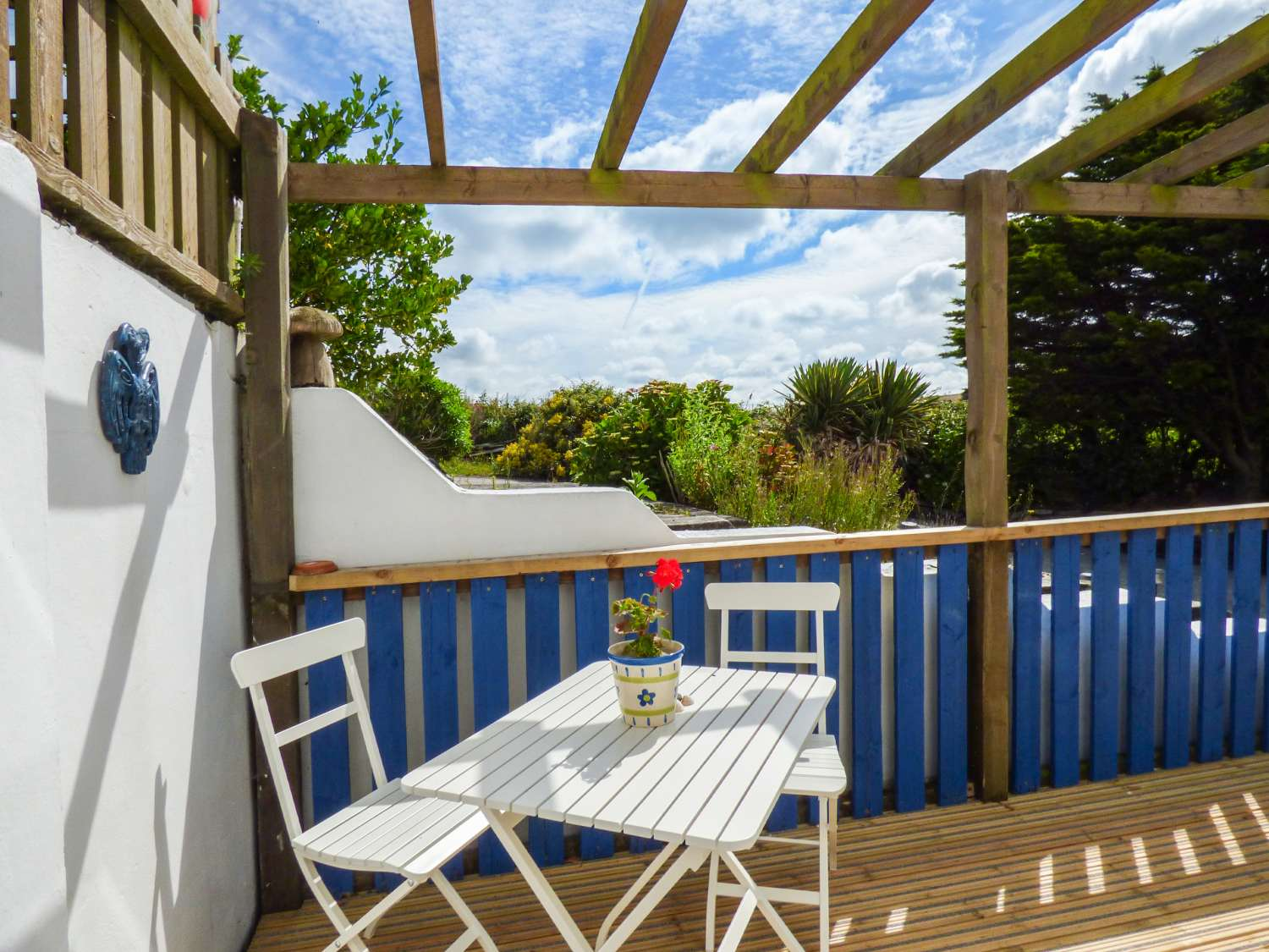 Trevelgue in Porth - sleeps 2 people