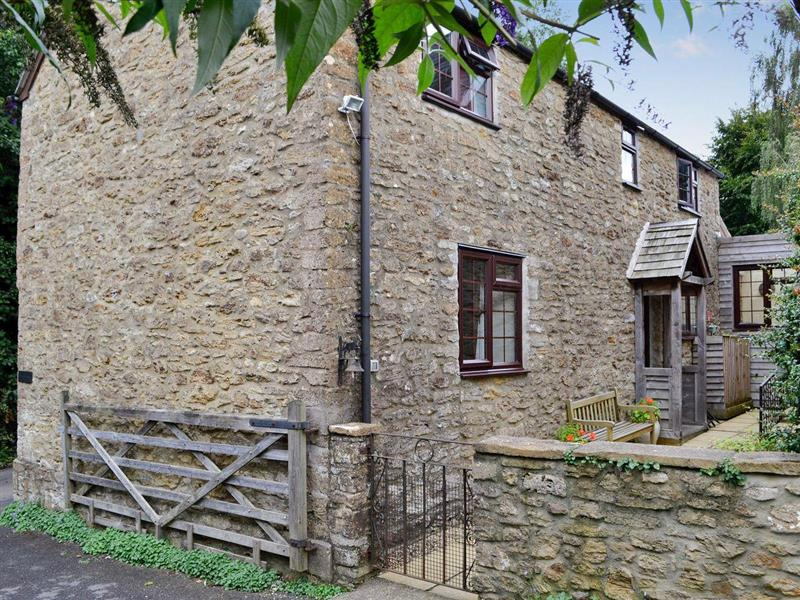 Trindlewell Cottage in North Perrott, near Yeovil - sleeps 4 people