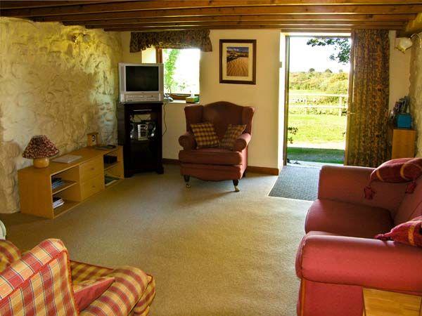 Tryfan Cottage in Caernarfon - sleeps 4 people