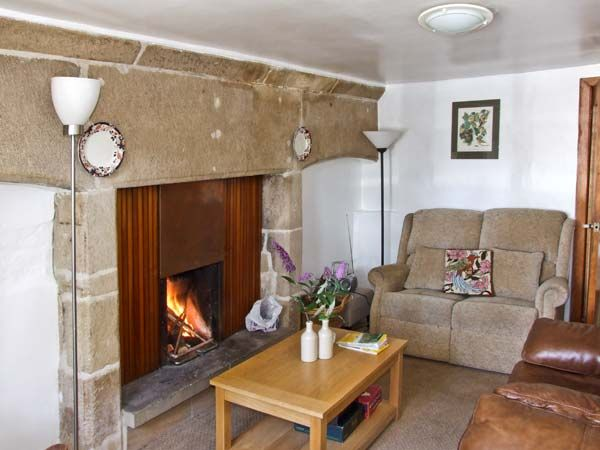 Turret Cottage in Youlgreave Near Bakewell - sleeps 5 people