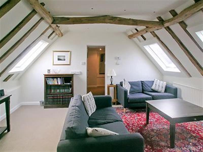 Turtles Barn in Alford, Surrey. - sleeps 4 people
