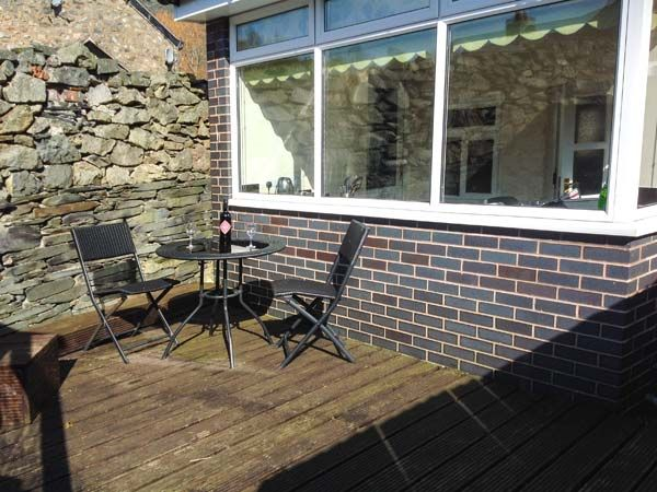Ty Bach Cottage in Llangynog - sleeps 2 people