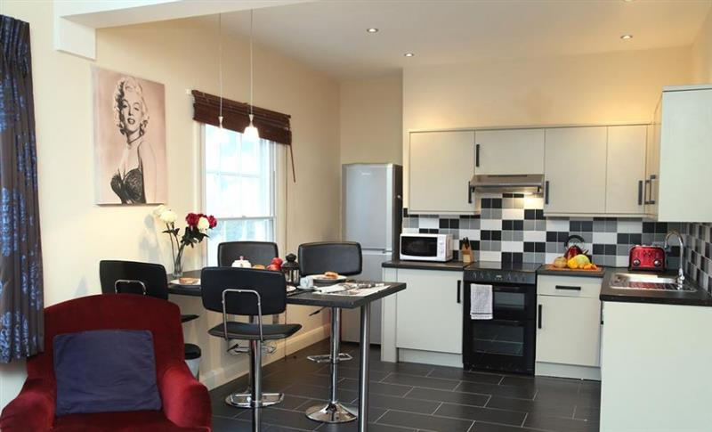 Upper Walk Apartment in Tunbridge Wells - sleeps 4 people