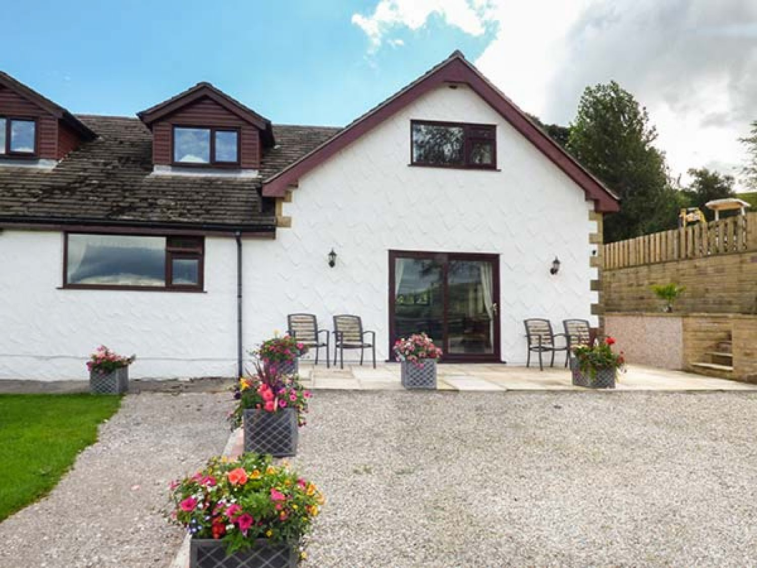 Valley View in Combs near Buxton - sleeps 4 people