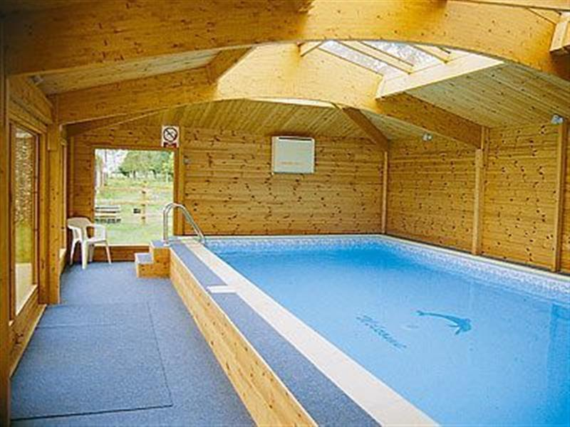 Victoria cottage from cottages 4 you victoria cottage is for Private indoor swimming pools