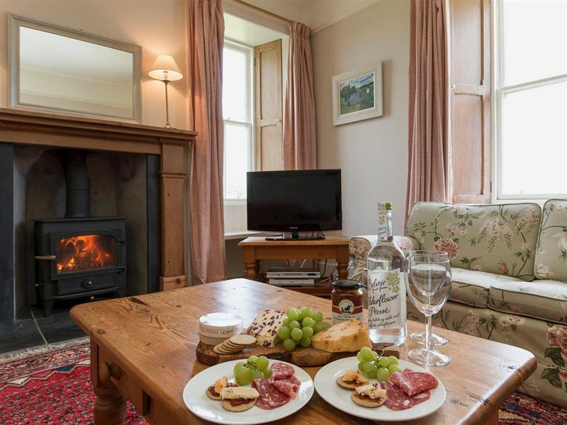 Viewfield Farmhouse in New Galloway, near Castle Douglas, Dumfries and Galloway - sleeps 6 people