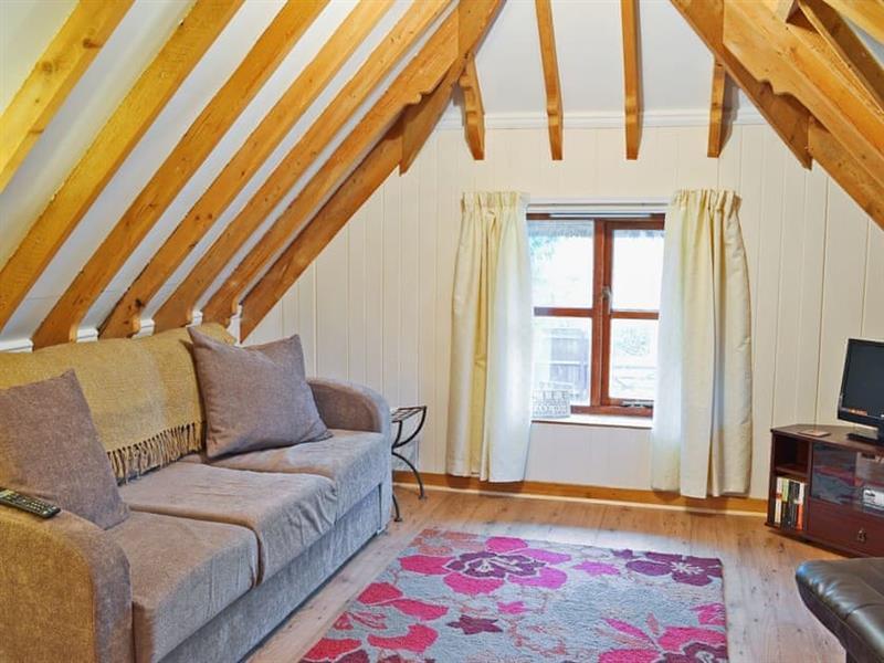 Walnut Tree Cottage in Burgate, nr. Fordingbridge - sleeps 4 people