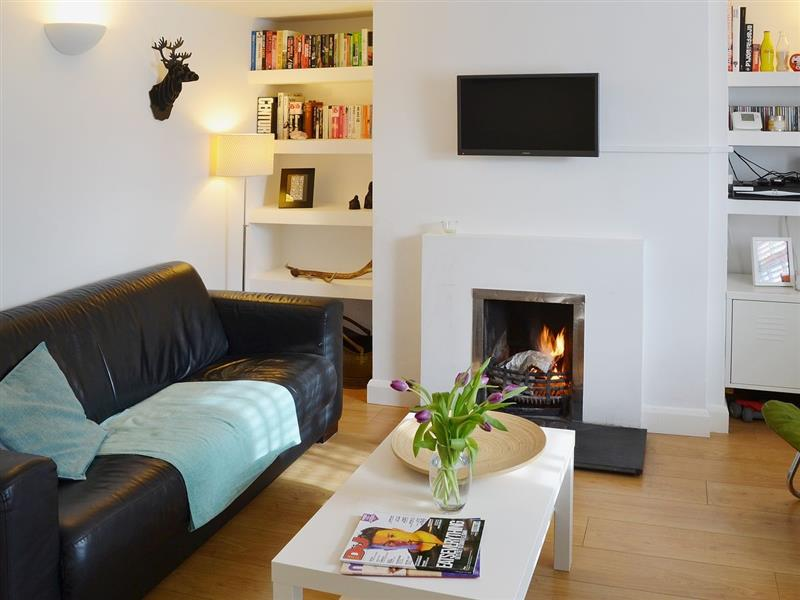 Waves Cottage in Newquay - sleeps 5 people