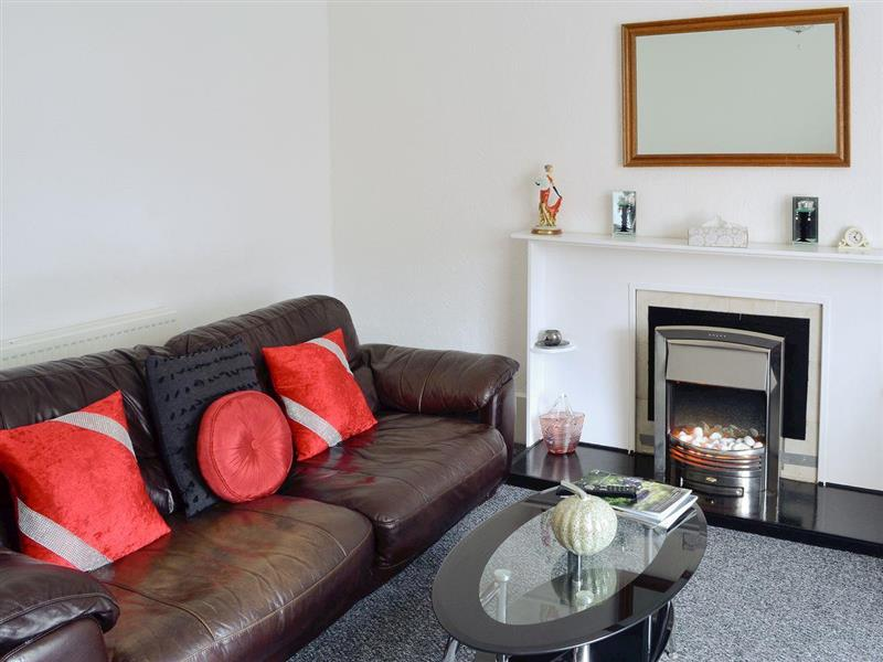 West End in Greenock, Glasgow and the Clyde Valley - sleeps 2 people