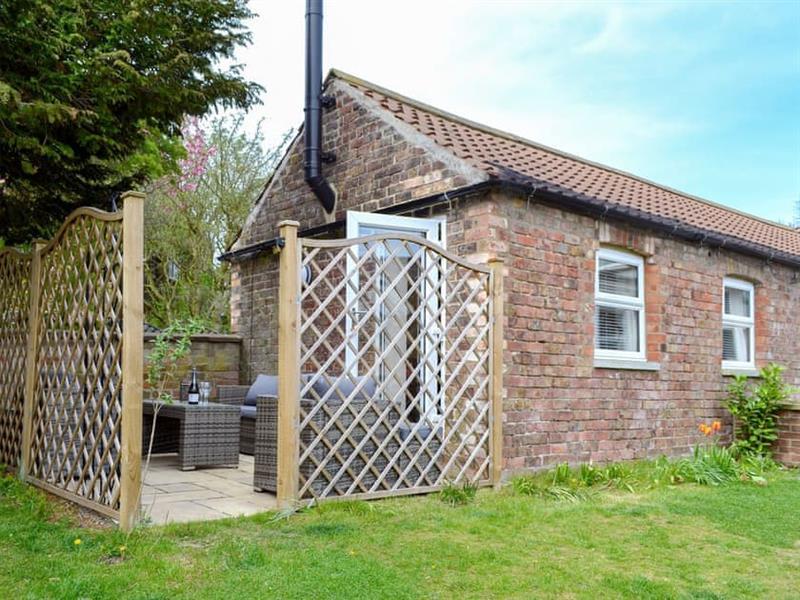 Westmoreland Cottage in Weaverthorpe, near Malton - sleeps 5 people