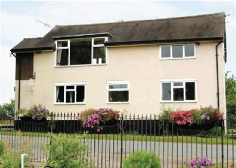 Wharf Cottage in Stafford - sleeps 8 people