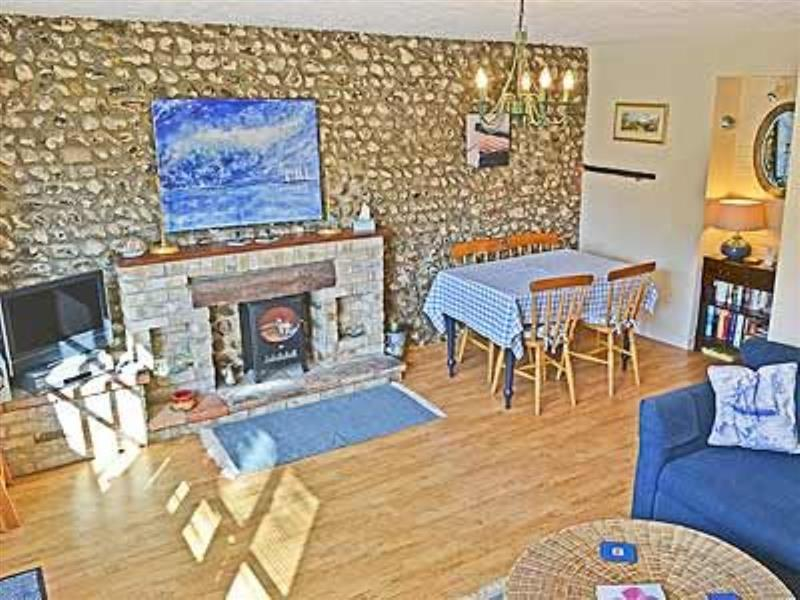 Wherry Cottage in Wells-Next-The-Sea - sleeps 4 people