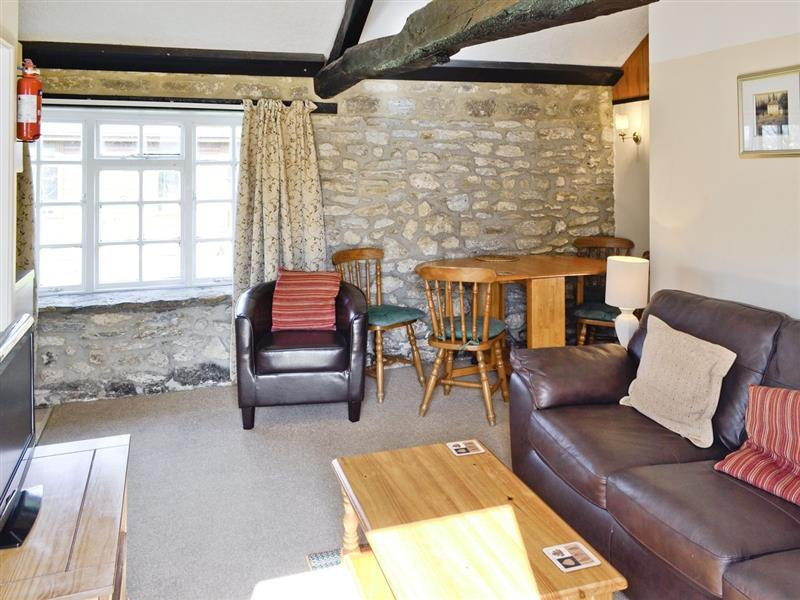 White Horse Farm - Toad Hall in Middlemarsh, nr. Sherborne - sleeps 4 people
