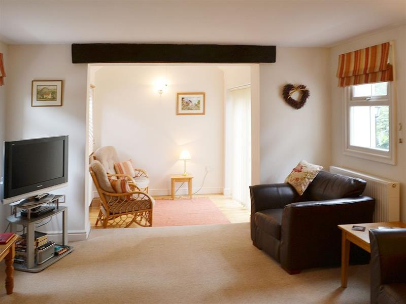 Willow Cottage in Corpusty, nr Holt - sleeps 2 people
