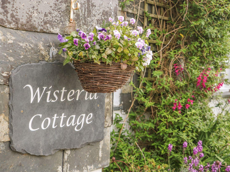 Wisteria Cottage in St Teath - sleeps 8 people