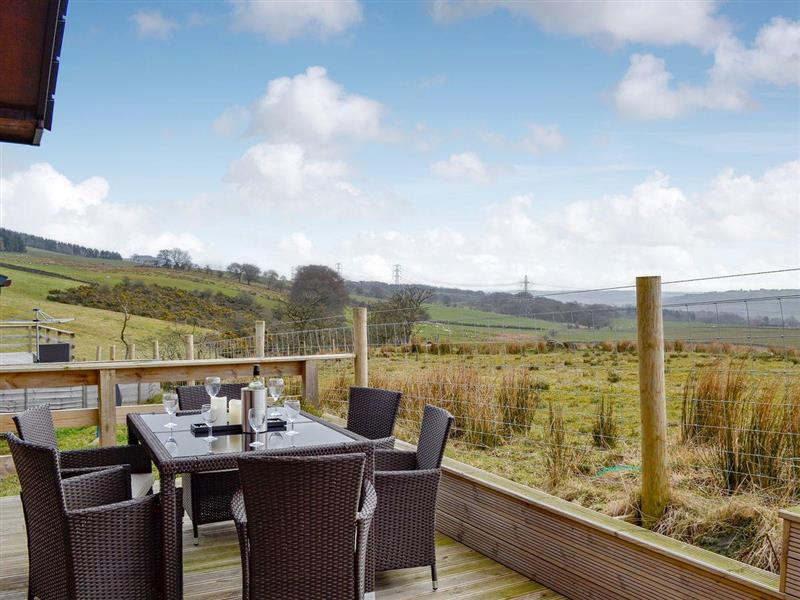Woodburn Lodges - The Clyde in Milton of Campsie, near Kirkintilloch, Glasgow and the Clyde Valley - sleeps 6 people