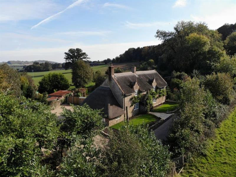 Woodlet Cottage in Ashwell - sleeps 8 people