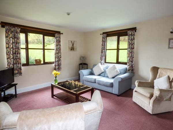 Woodpecker 2 in Llanafan Fawr near Builth Wells - sleeps 4 people
