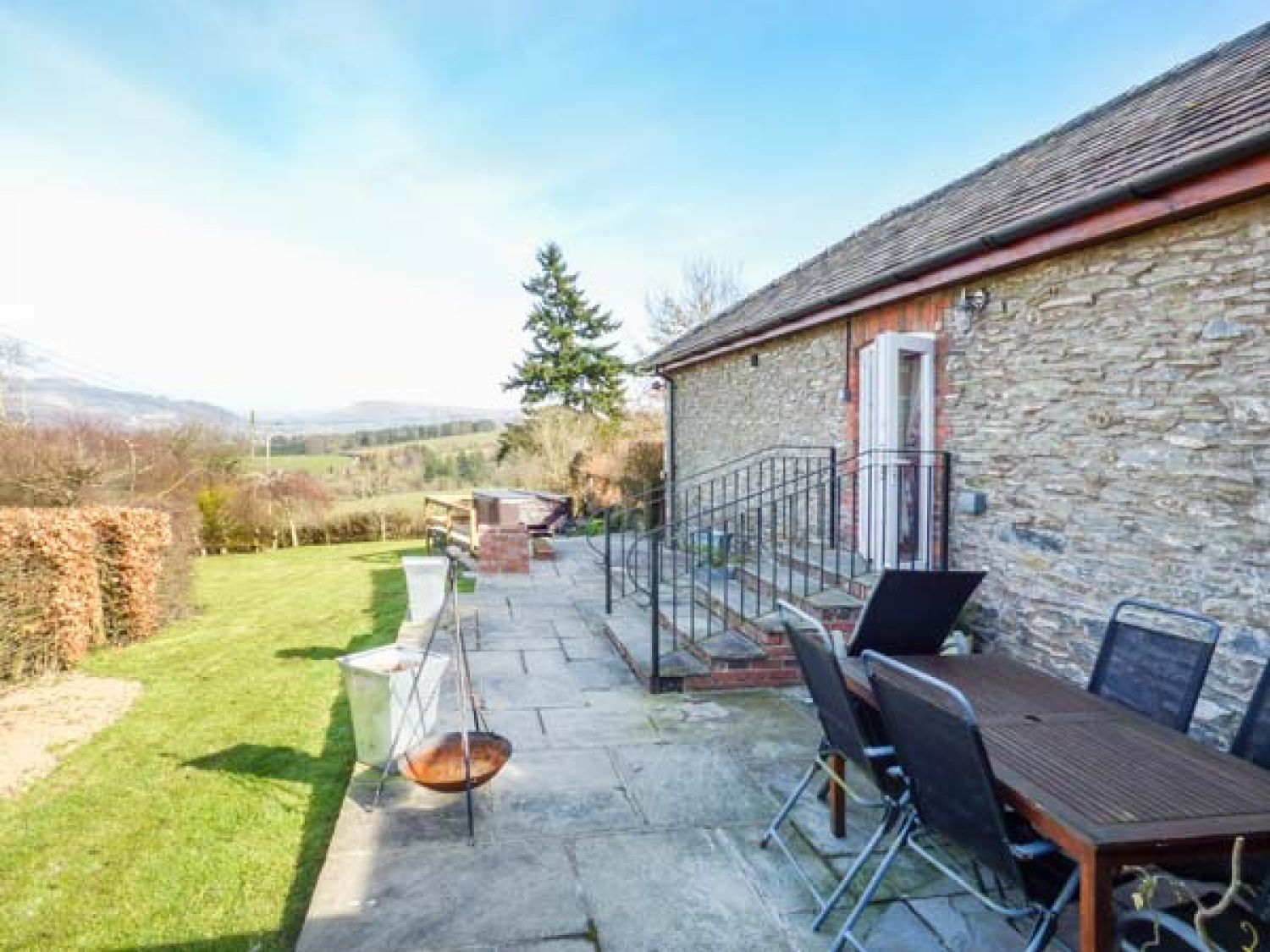Wye Cottage in Llanynis near Builth Wells - sleeps 6 people