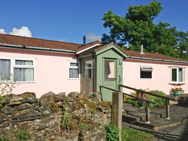 Y Ffos in Hundred House - sleeps 4 people