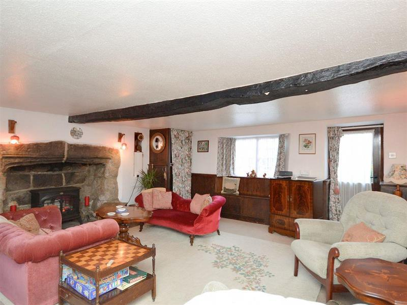 Ye Olde Cottage in Niton, near Ventnor - sleeps 6 people
