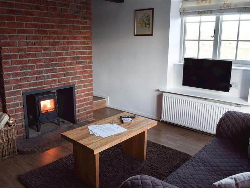 Yew Tree Cottage in West Ayton, near Scarborough - sleeps 4 people