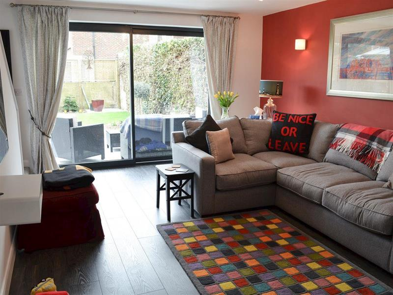 Ziggys Place in Hythe , Kent - sleeps 4 people